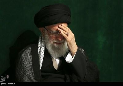 مراسم عزاداری شب تاسوعای حسینی (ع) در حسینیه امام خمینی برگزار شد