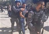 یورش نظامیان رژیم صهیونیستی به کرانه باختری و بازداشت 20 فلسطینی دیگر