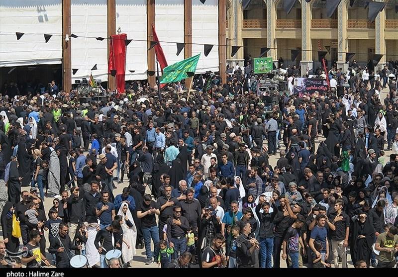 سوگواری مردم شیراز در رثای سقای کربلا؛ تجمع هیئات مذهبی در روز تاسوعای حسینی