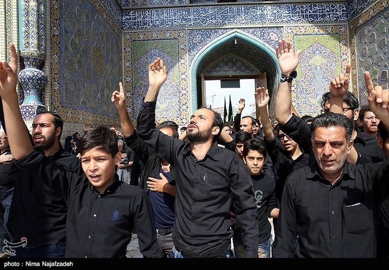 حضور پرشور هیئات عزاداری امام حسین(ع) در بارگاه منور رضوی