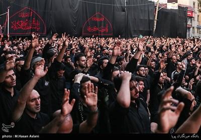 همزمان با عاشورای حسینی؛ ایران یکپارچه در عزای سیدالشهدا(ع) به سوگ نشست+ تصاویر