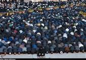 نماز ظهر عاشورا در اردبیل اقامه شد؛ برپایی نماز عشق به یاد سید و سالار شهیدان