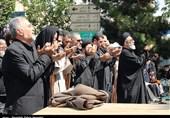 اقامه نماز ظهر عاشورا در تبریز به روایت تصویر