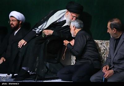 مراسم عزاداری شب عاشورای حسینی(ع) در حسینیه امام خمینی(ره)