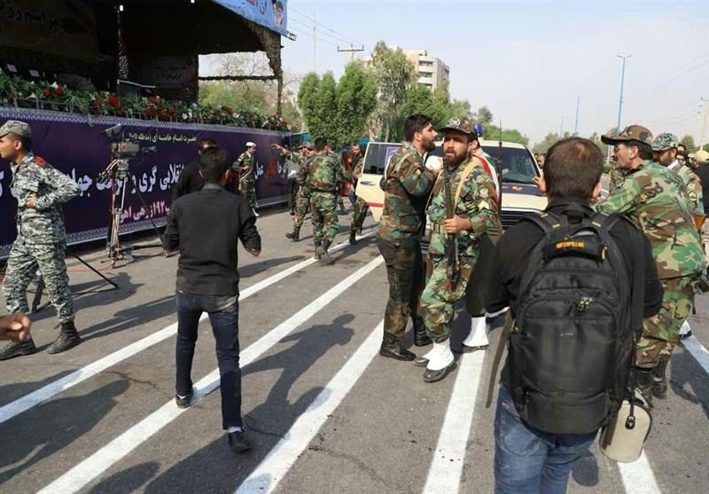 خبرنگار تسنیم از بیمارستان آپادانای اهواز گزارش میدهد؛ مردم عادی برای تماشای رژه به بولوار قدس آمده بودند