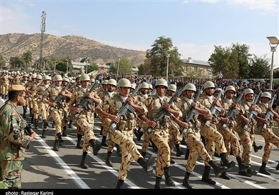 Iranian Military Forces Mark 38th Anniversary of Sacred Defense with Parade