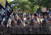رژه نیروهای مسلح استان سمنان در نخستین روز از هفته دفاع مقدس به روایت تصویر