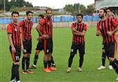رئیس هیئت فوتبال خراسان رضوی: اتفاق خاصی رخ ندهد، مشکیپوشان دیگر در لیگ دسته اول شرکت نمیکند/ گزینه دیگری نداریم