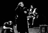 روزبه حسینی با «سیم و سُرمه» در تئاتر شهر