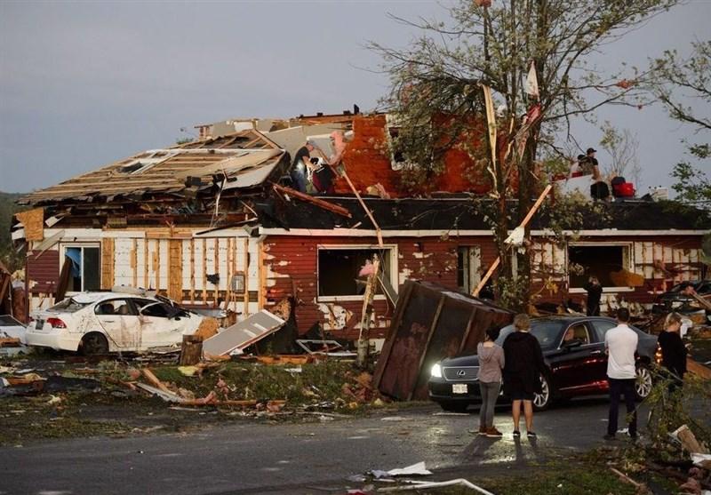 Twin Tornados Tear through Homes in Ottawa, Canada (+Video)