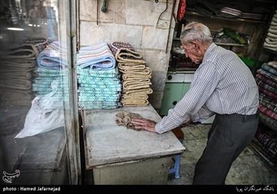مغازه پالان دوزی در بازار تهران