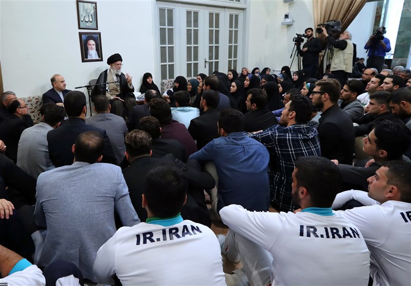 دیدار مدال آوران بازیهای آسیایی با امام خامنهای