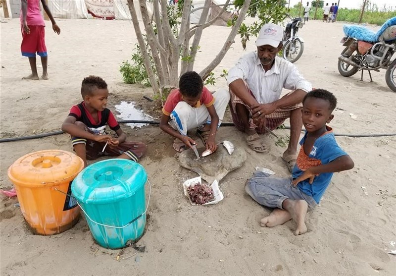 Over 70,000 Yemeni Families Flee Their Home in Hudaydah (+Photos)