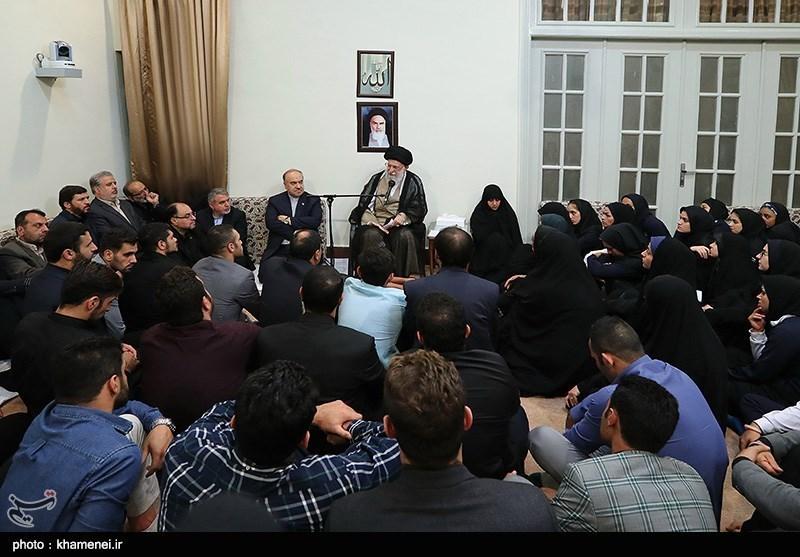امام خامنهای در دیدار با مدالآوران بازیهای آسیایی: کار شما با هیچ محاسبه مادی، قابل ارزشگذاری نیست/ ایران در مسابقات ورزشی با نمایندگان رژیم غاصب شرکت نخواهد کرد