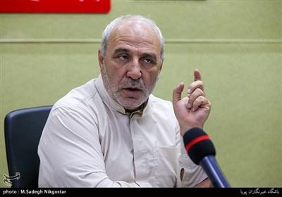عضو هیئترئیسه مجلس: روحانی به بهانه اصلاح قانون وزیر صنعت را به مجلس معرفی نمیکند