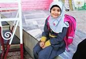 جای خالی شهید مدافع حرم در اولین روز مدرسه دخترش + عکس
