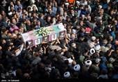 حضور باشکوه مردم در تشییع پرشور شهدای حادثه تروریستی اهواز+فیلم