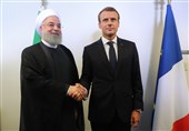 تاکید رؤسای جمهور ایران و فرانسه بر توسعه همکاریهای اقتصادی و بانکی