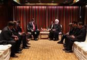 روحانی در دیدار مادورو: حکومتی که پشتوانه مردم را در اختیار دارد تسلیم تهدید نمیشود