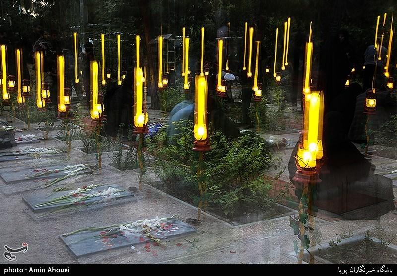 مراسم غبارروبی و عطرافشانی گلزار شهدای سنندج + فیلم