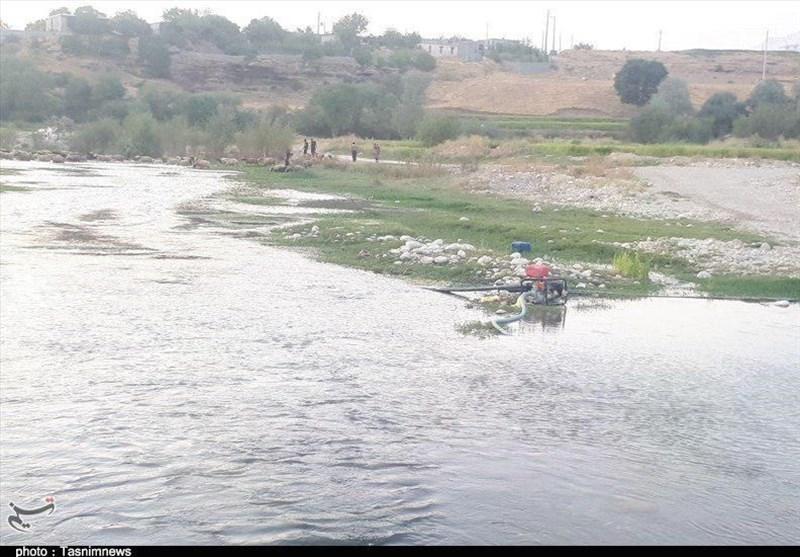 زمین خواری در یاسوج به بستر رودخانهها رسید؛توقیف 8 دستگاه لودر و ماشین آلات سنگین در حاشیه رودخانه بشار