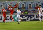 لیگ برتر فوتبال  شکست یک نیمهای ذوبآهن مقابل صنعت نفت آبادان و تساوی نساجی و سایپا