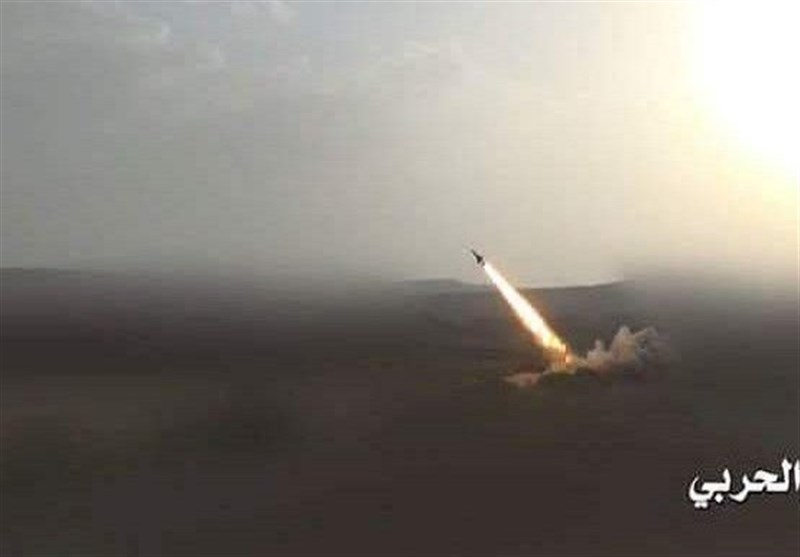 Yemeni Missiles Hit Gatherings of Saudi-Backed Forces in Dhale