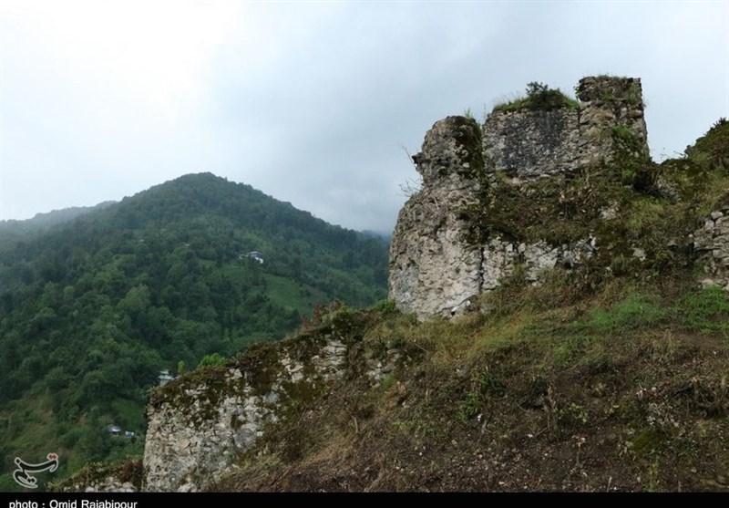 Qaleh Gardan: A Crumbling Iron Age Fort in Northern Iran