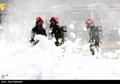 مراسم روز ایمنی و آتش نشانی در مشهد