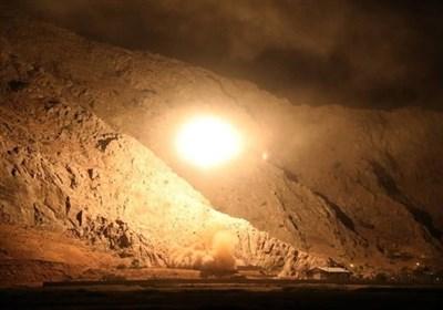 بالفیدیو.. الرد الصاروخی من قبل قوات حرس الثورة الإسلامیة على الإرهابیین شرق الفرات