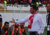 تبریز| محمد تقوی: همیشه برای پیروزی وارد زمین میشویم/سعی میکنم نقاط قوت تیم مقابل را خنثی کنم