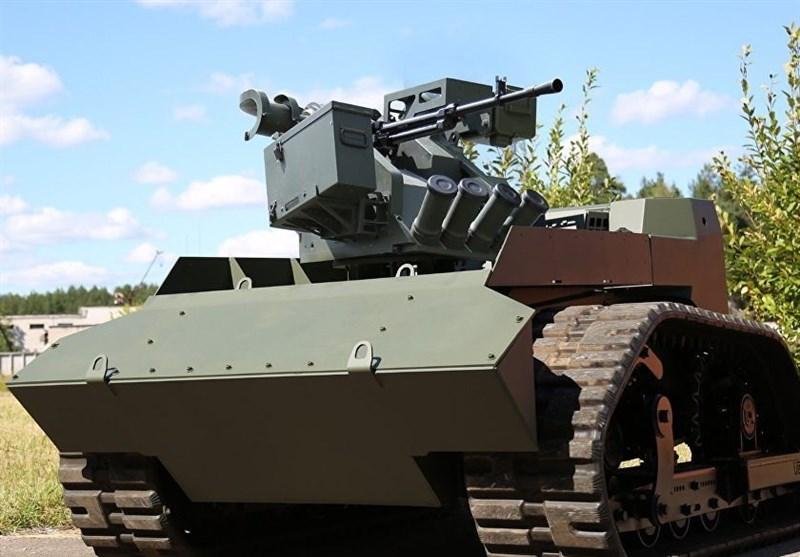 تمرین چند ربات جنگی در روسیه + فیلم