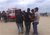 Dozens of Palestinians Injured as Israeli Forces Open Fire at Marchers in Gaza Seashore (+Video)