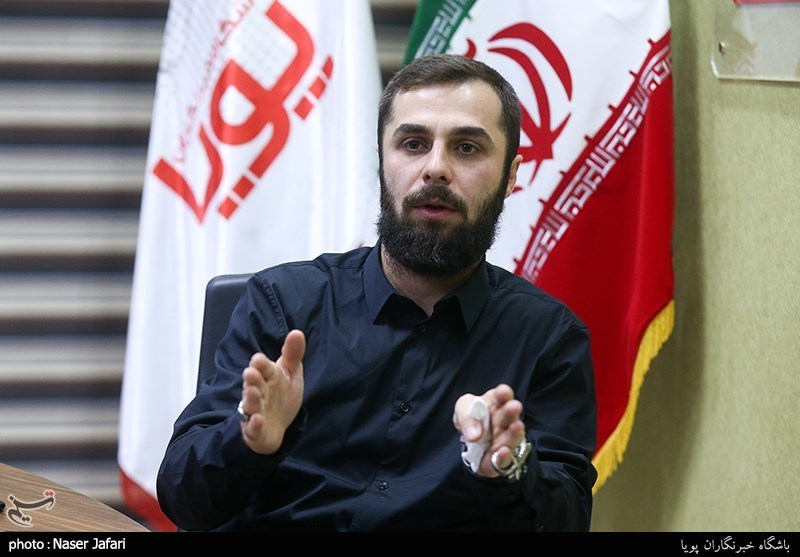 علی نجفی: مداحِ با اخلاق، خریدار دارد/ ماجرای سوزِ دل و سوختن حسینیه