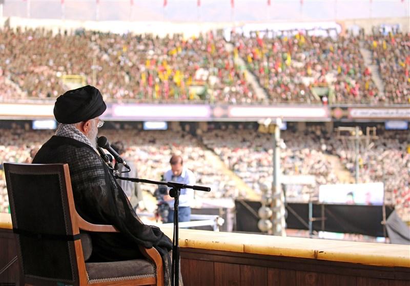 مشروح| امام خامنهای در ورزشگاه آزادی: تحریم را شکست خواهیم داد/ آمریکا از انقلاب اسلامی سیلی خورده است