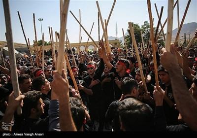 آیین سنتی مذهبی قالی شویان در مشهد اردهال