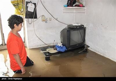 سیلاب و آب گرفتگی منازل در رودسر گیلان