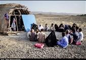 روایتی از تحصیل زیرسقفهای لرزان و گرمای سوزان در بلوچستان / مدارس کپری بلوچستان کی حذف میشود؟ +فیلم