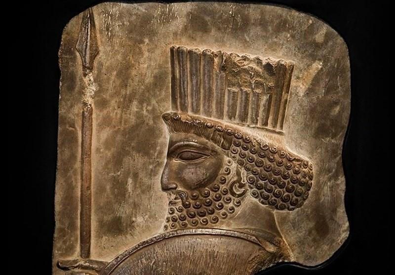 کشف 278 قلم عتقیه از جنس طلا مربوط به دوره هخامنشی + عکس