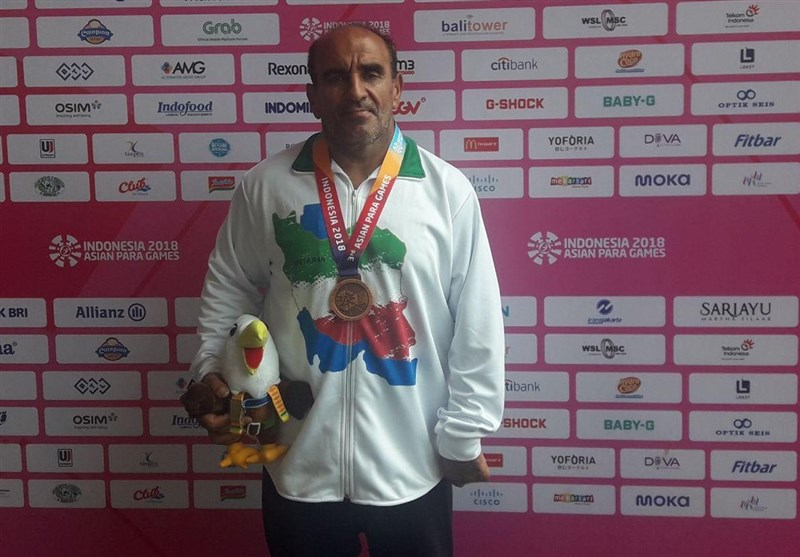 Javelin Thrower Alizadeh Earns Gold at Asian Para Games