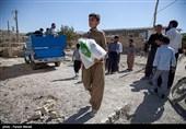 آستان قدس رضوی همچنان در کنار زلزلهزدگان کرمانشاه +فیلم