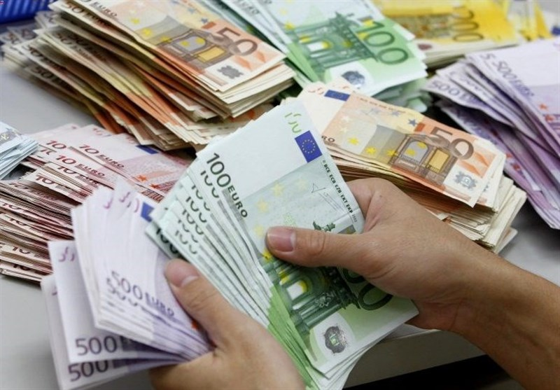 قیمت خرید دلار در بانکها امروز 98/01/21