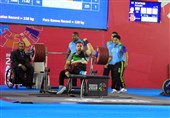 وزنهبرداری قهرمانی معلولان جهان| روحالله رستمی اولین طلایی کاروان ایران شد