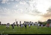 اهدای پیراهن شماره 28 تیم ملی به علی لطفی و حضور عکاس خانم در تمرین شاداب تیم ملی + تصاویر
