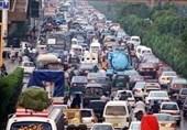 کراچی ٹریفک قوانین میں سختی، خلاف وزری پر درجنوں افراد گرفتار