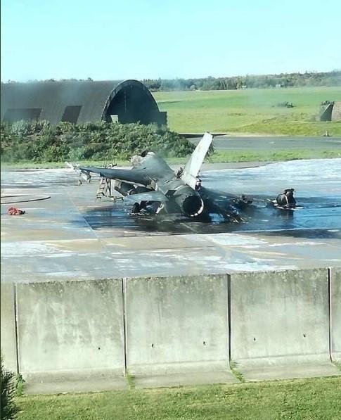 جنگنده اف-16 بلژیک خاکستر شد+تصاویر