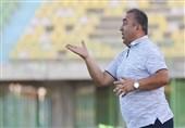 رشت| نادر دستنشان: راه دیگری به جز پیروزی مقابل پرسپولیس نداریم/ امیدوارم زرگر عدالت را در زمین اجرا کند