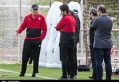 امیر حاجرضایی: قدرتمند شدن کیروش، بهخاطر ضعف فدراسیون فوتبال است/ مربیان تیم ملی حرفهایی میزنند که رئیسشان خوشش بیاید