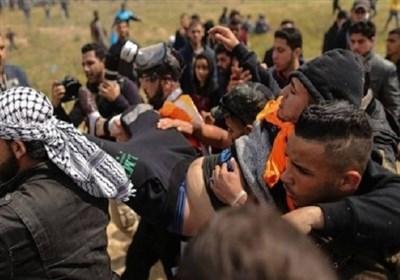زخمی شدن دهها فلسطینی در راهپیمایی بازگشت؛ «جمعه انتفاضه الاقصی و اسیران» هفته آینده برگزار میشود
