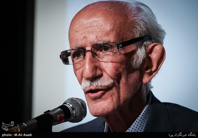 غلامحسین امیرخانی: حقوق کنونی خوشنویسان کفاف کرایه تاکسیشان را هم نمیدهد